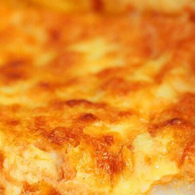 Focus on the incredibly inviting filling of the amazing Quiche aux Fruits de Mer or Shrimp Quiche