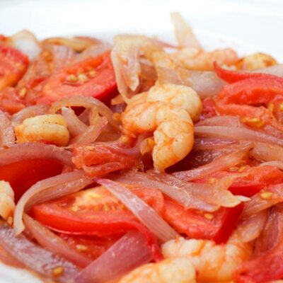 Prawns, Tomato, Spanish Onion Plate Closeup
